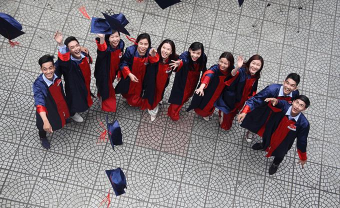 sinh viên ngành dược sĩ tốt nghiệp