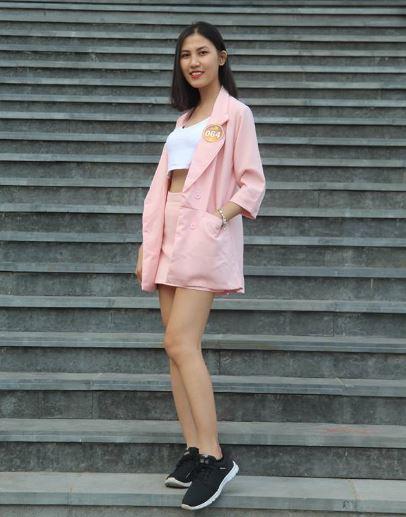 Nét đẹp sinh viên Trần Hoàng Phương Trang Trường Miền Nam
