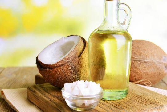 trị mụn da mặt với dầu dừa