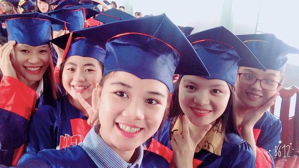 sinh viên năm cuối