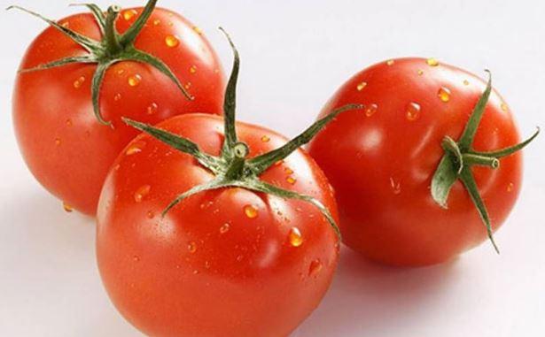 nước uống cà chua giúp chữa lở miệng