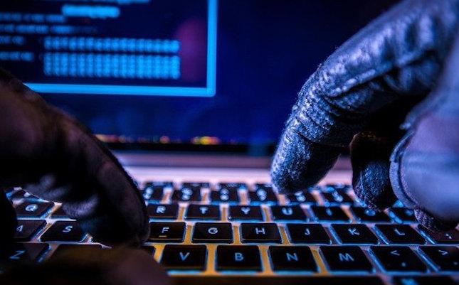 tin tặc tấn công IoT