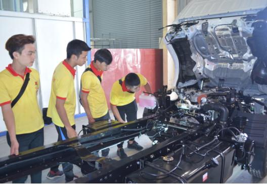 tuyển sinh ngành công nghệ ô tô