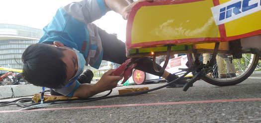 cao đẳng miền nam sửa chữa lại xe trước cuộc thi